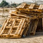 Kilka słów o recyklingu palet drewnianych
