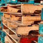 Jak odpowiednio zabezpieczyć towar na przesyłce paletowej?